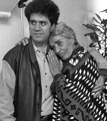 Pedro Almodóvar y Chavela Vargas (la Segunda online)